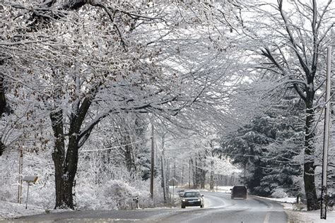 """Winter storm warnings expanded in Upstate NY: 8-12"""" of"""