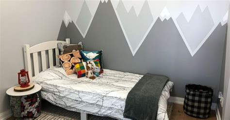 Simple DIY Mountain Wall Mural | To & Fro