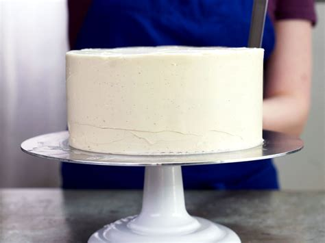 How to Crumb-Coat a Layer Cake | Serious Eats